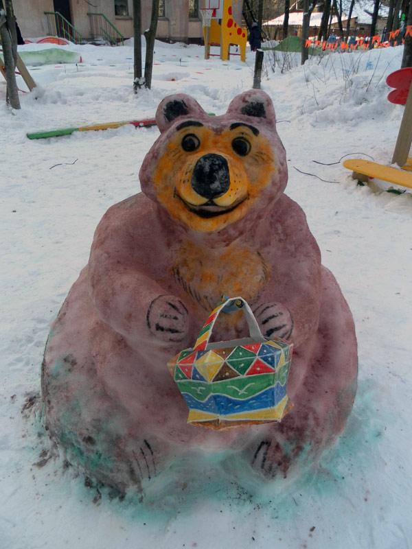 Медведь из снега своими руками